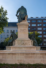 Budapest, Hungary - October 01, 2019: The Hungarian National Museum Is Set In A Garden Adorned With The Most Impressive Monument Is That Of Writer János Arany, Who Is Best Known For His Toldi Trilogy.
