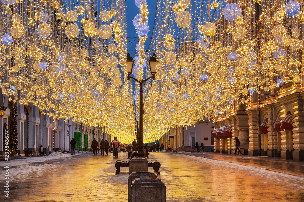 Fototapety, obrazy: Nikolskaya street decorated during Christmas and new year holidays, Moscow, Russia