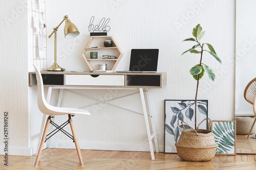Obraz Modern home working place in scandinavian style - fototapety do salonu
