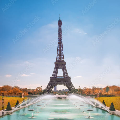 Eiffel Tower and Trocadero fountains in Paris - 297885260