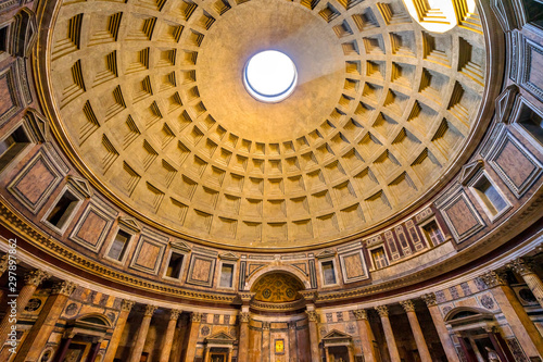 Valokuva Dome Pillars Altar Wide Pantheon Rome Italy