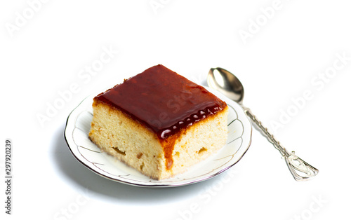 Sponge cake with milk and caramel topping Tablou Canvas