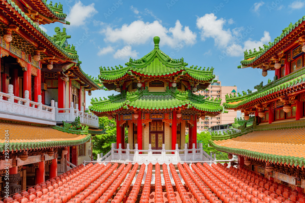 Fototapety, obrazy: Amazing colorful view of Sanfeng Temple in Kaohsiung, Taiwan