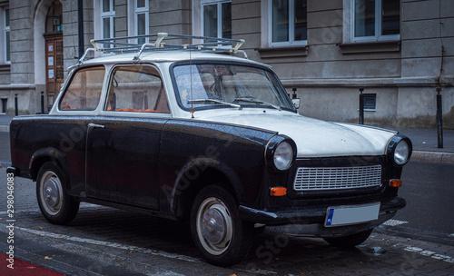 Fotografia  Trabant 601 on at the roadside