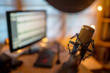 Condenser Microphone Golden Cl...