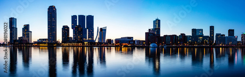 Photo Rotterdam Netherlands skyline night panorama