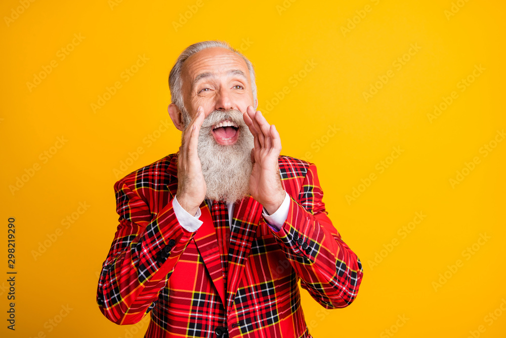 Fototapety, obrazy: Close-up portrait of his he nice handsome attractive cheerful cheery glad gray-haired man saying rumor gossip hearsay advert isolated over bright vivid shine vibrant yellow color background