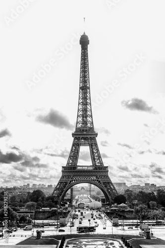 paryz-francja-09-10-2019-eiffel