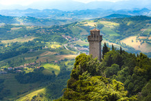 Tower Montale Or Terza Torre M...