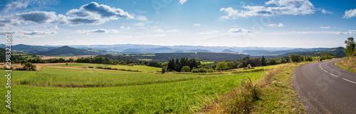 Fond de hotte en verre imprimé Bleu ciel paysage panorama campagne