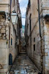 wąska uliczka w Dubrownik, Chorwacja