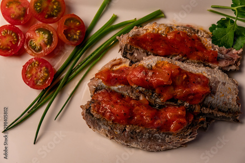 Foto op Plexiglas Steakhouse fresh sardines with tomato sauce and other vegetables