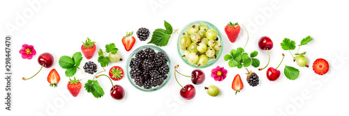 Obraz Berries summer fruits frame banner - fototapety do salonu