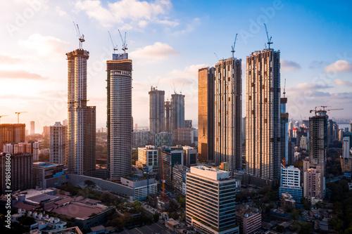 Fototapeta premium Mumbai Skyscrapers w budowie