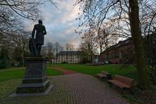 Denkmal Vom Freiherrn Von Loe,...
