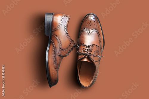 Fototapeta Brown leather men's shoes in classic style obraz na płótnie