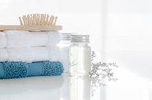 Spa Set With Stack Of Clean To...