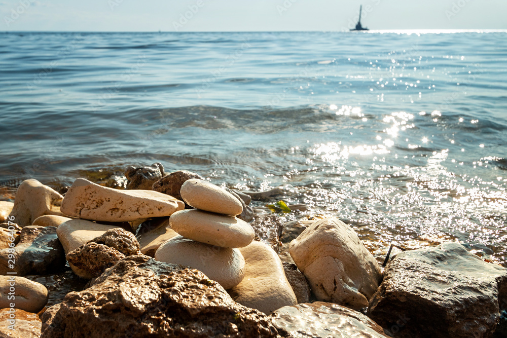 Fototapety, obrazy: Shoreline with water and rocks, peaceful and zen-like picture
