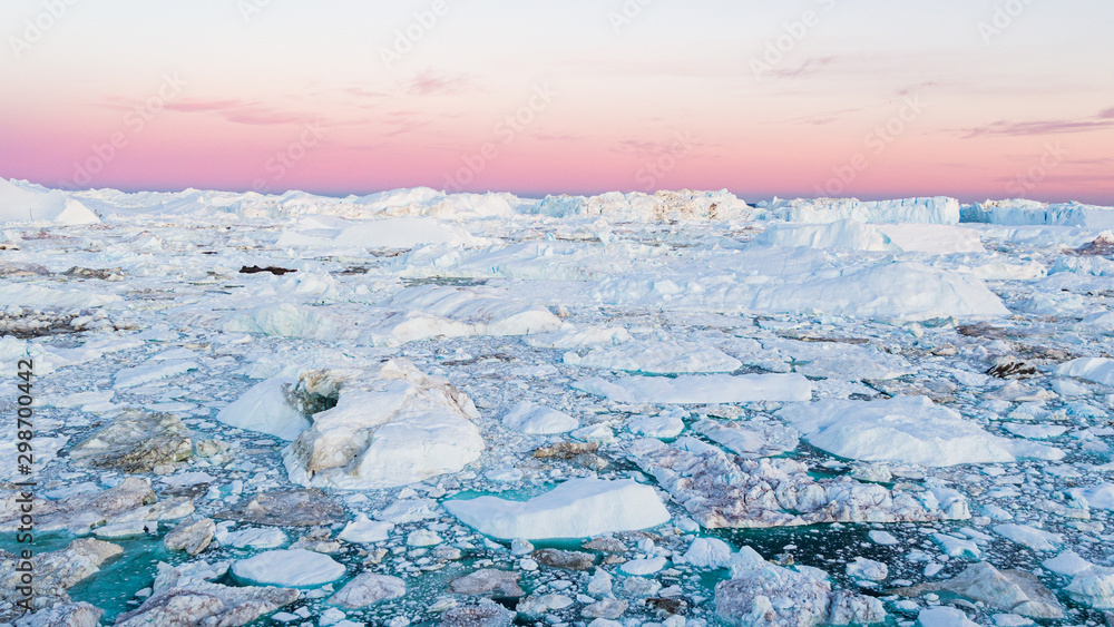 Fototapety, obrazy: Global warming - Greenland Iceberg landscape of Ilulissat icefjord with giant icebergs. Icebergs from melting glacier. Arctic nature heavily affected by climate change