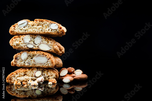 Fotografía Italian Traditional Almond Biscuits Cantucci
