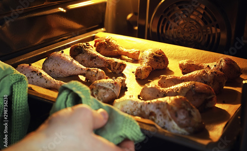 Baked chicken in the oven Canvas-taulu