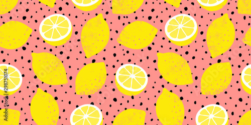 Vector seamless lemon pattern with black dots. Trendy summer background. - 298751074