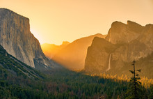 Yosemite National Park Valley ...