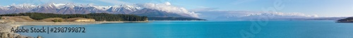 Foto auf Leinwand Himmelblau Scenic turquoise Lake Pukaki and Southern Alps panorama, New Zealand