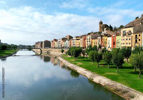 Panoramic photo of the riverside of the city of Balaguer