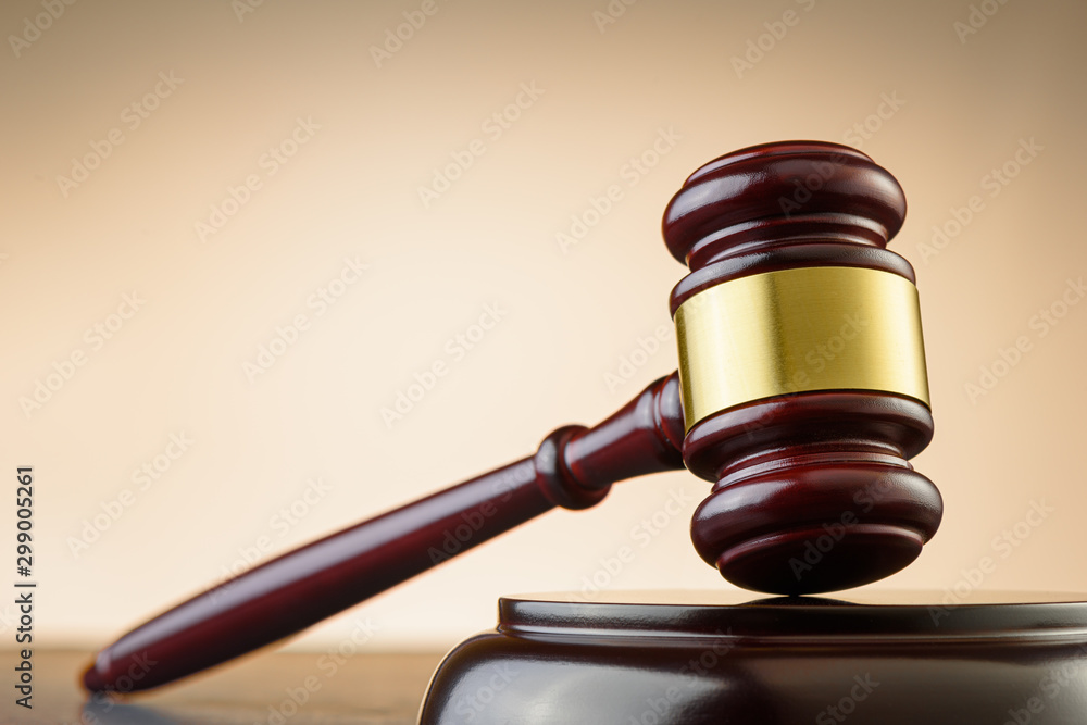 Fototapety, obrazy: Close up of wooden judge gavel