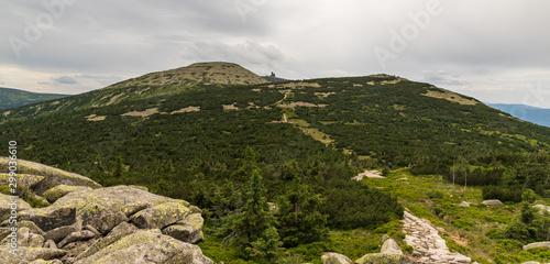 Obraz na plátně  Velky Sisak, Vysoke kolo and Vysoka plan hills from Muzske kameny in Krkonose mo