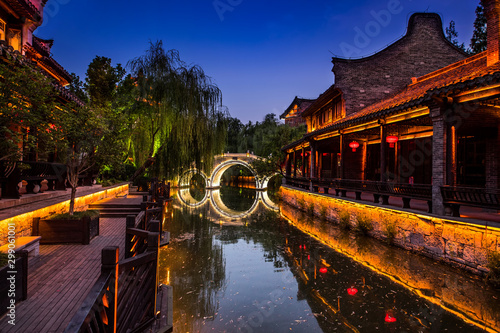 Foto auf Leinwand Braun Taierzhuang is located in Zaozhuang in Shandong, is the largest water town in China. Historically, it was an important hub along the Grand Canal, China.