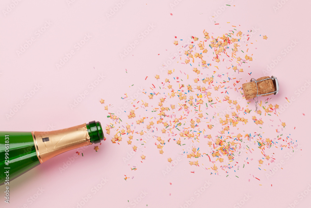 Fototapety, obrazy: Christmas greeting card with champagne