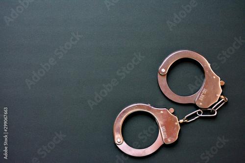 手錠 逮捕のイメージ 犯罪 Fototapeta