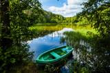 Łódka las wiosna wędkarstwo relaks