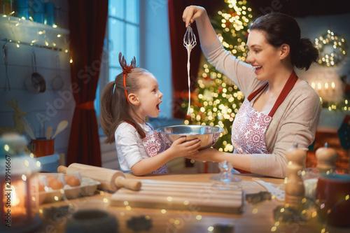 Fotomural  Cooking Christmas cookies