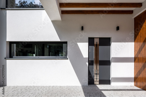 Fotomural  Elegant home entrance