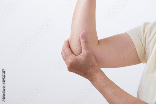 Pinturas sobre lienzo  関節痛の女性の肘