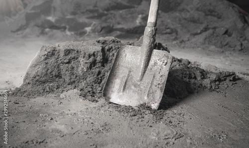 Fototapeta Shovel with a cement. Renovation, Work, Apartment obraz
