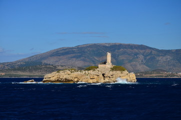 Latarnia morska na wyspie