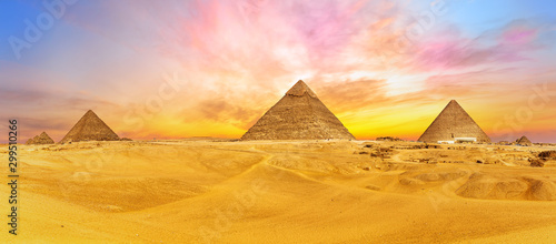 Fotobehang Kameel Bright colours of Giza desert, Cairo, Egypt