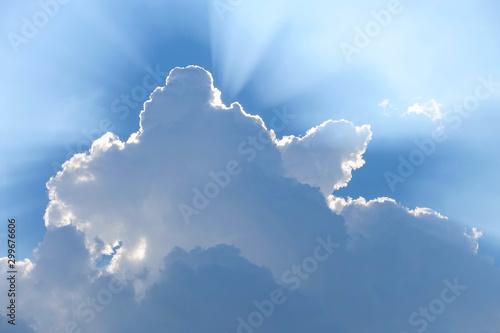 後光ー雲と天使のはしご Canvas Print