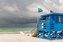 Siesta Key Beach And Blue Wooden Lifeguard Hut On Florida Gulf Coast