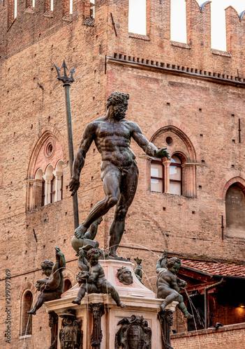 Fotobehang Historisch mon. Fountain of Neptune, Piazza del Nettuno, Bologna, Emilia-Romagna, Italy