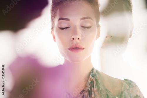 Spoed Foto op Canvas womenART Beautiful lady on white background