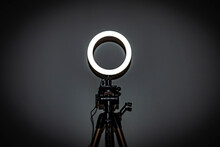 LED Ring Lamp With Adjustable ...