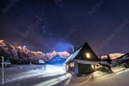 Valokuva  Night star photography of Tatra Mountains in Winter season