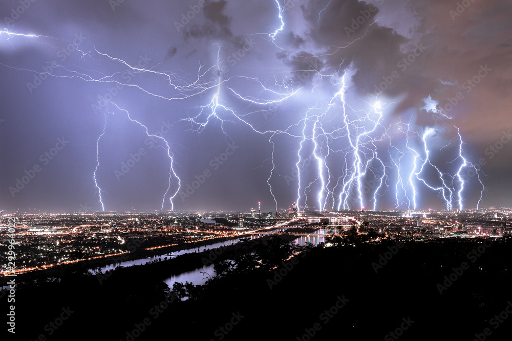 Fototapeta Blitze über Wien