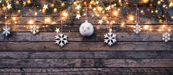 Decorative Christmas garlands with free space