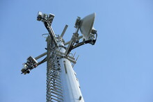 Telecommunication Tower Antennas High Pole Signal Transmission Both Wireless Phone